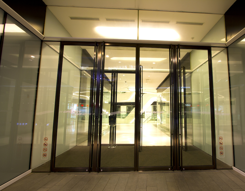 Automatic Glass Door by Horton Automatics