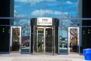 Revolver Gloss Stainless Revolving Door Burlington, London, Ottawa - Manual Revolving Systems Ontario